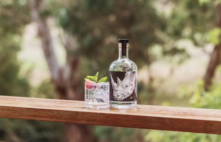 Kifaru gin, Ambleside distillers, Zoos SA, rhino conservation